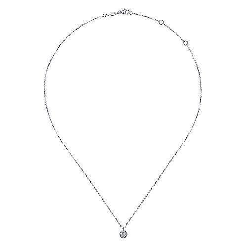 14K White Gold Round Diamond Cluster Pendant Necklace