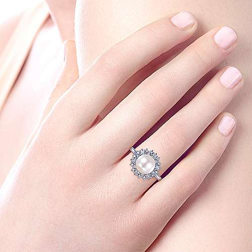 14K White Gold Round Pearl and Diamond Halo Ring
