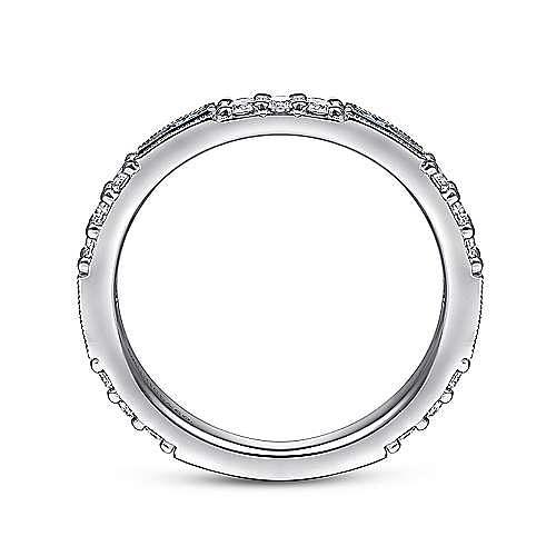14K White Gold SA - A Quality Sapphire Ladies Ring