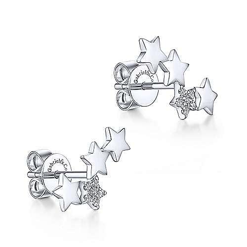 14K White Gold Star Shaped Pavé Diamond Stud Earrings