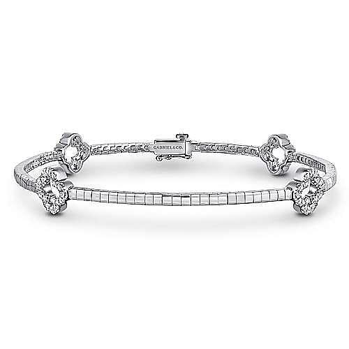 14K White Gold Tennis Bracelet with Open Diamond Clover Stations