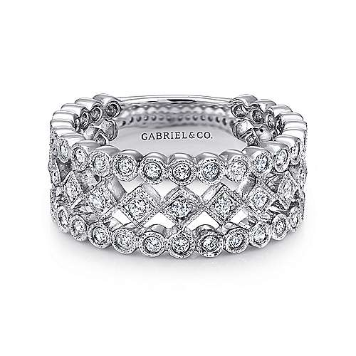 14K White Gold Three Row Geometric Shapes Diamond Ring