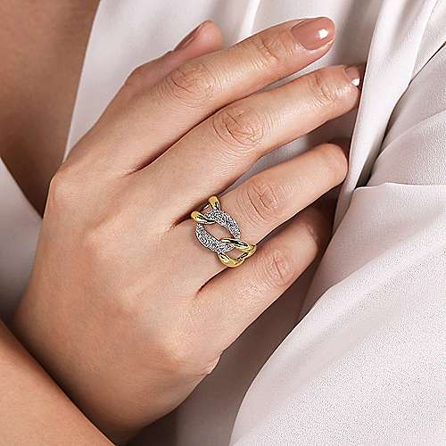 14K White-Yellow Gold Large Chain Link Diamond Station Ring