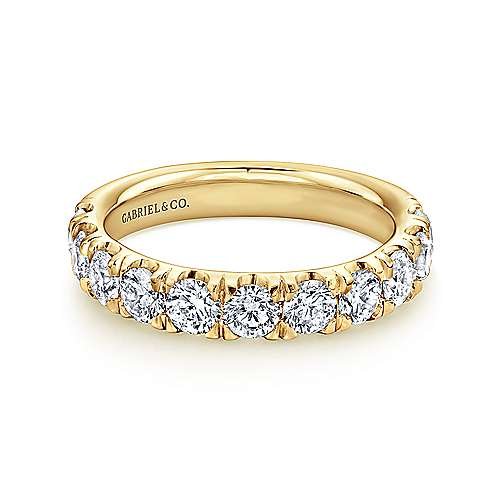 14K Yellow Gold 11 Stone French Pavé Set Diamond Wedding Band