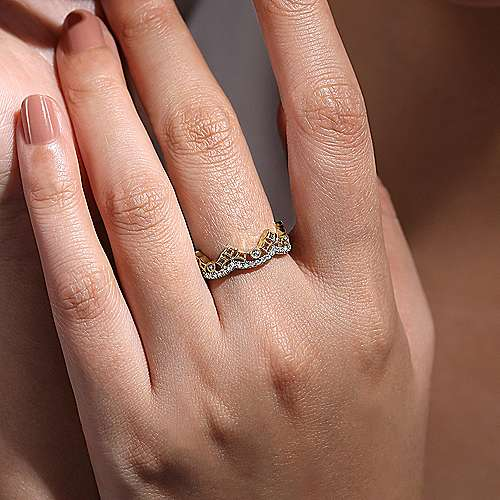 14K Yellow Gold Abstract Geometric Curved Diamond Ring