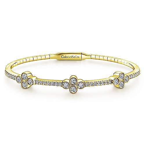 14K Yellow Gold Bangle with Quatrefoil Diamond Stations