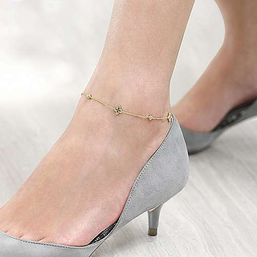 14K Yellow Gold Chain Ankle Bracelet with Clover and White Sapphire Stations