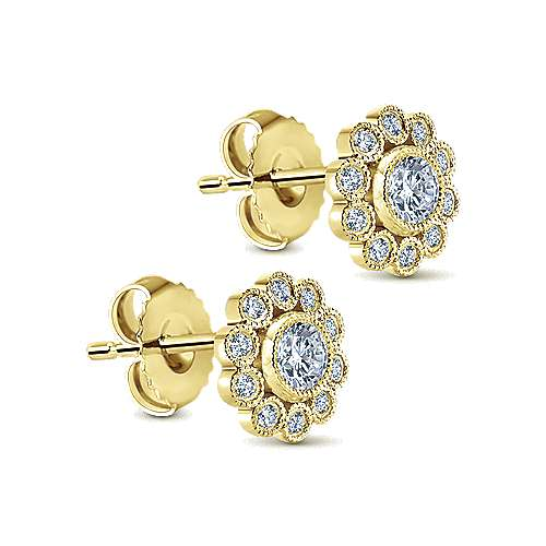 14K Yellow Gold Flower Diamond Stud Earrings