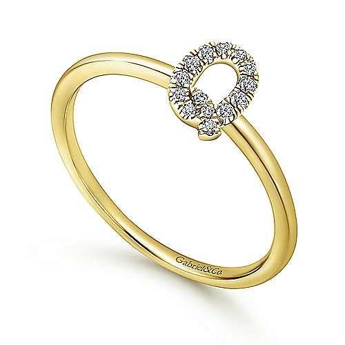 14K Yellow Gold Pavé Diamond Uppercase Q Initial Ring