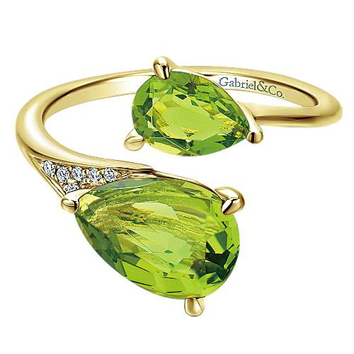 14K Yellow Gold Pear Shape Peridot Split Ring with Diamond Accents