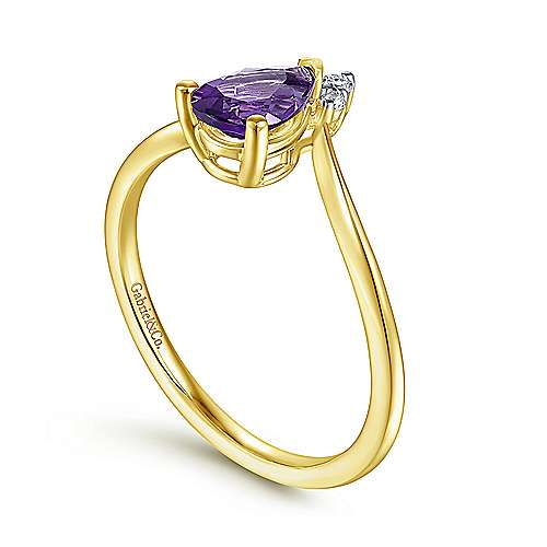 14K Yellow Gold Pear Shaped Amethyst and Diamond Ring