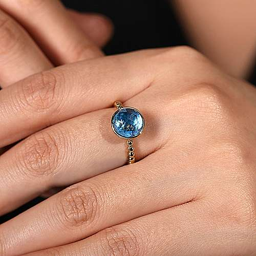 14K Yellow Gold Round Blue Topaz Bezel Set Ring with Bujukan Bead Shank