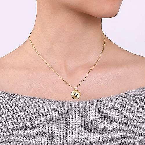14K Yellow Gold Round Locket Necklace with Diamond Star Center