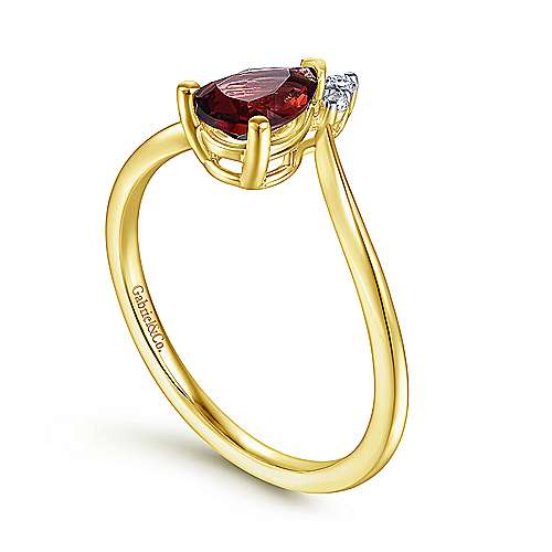 14K Yellow Gold Teardrop Garnet and Diamond Chevron Ring