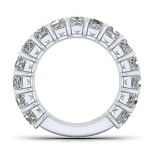 14k White Gold 15 Stone Princess Cut Shared Prong Band