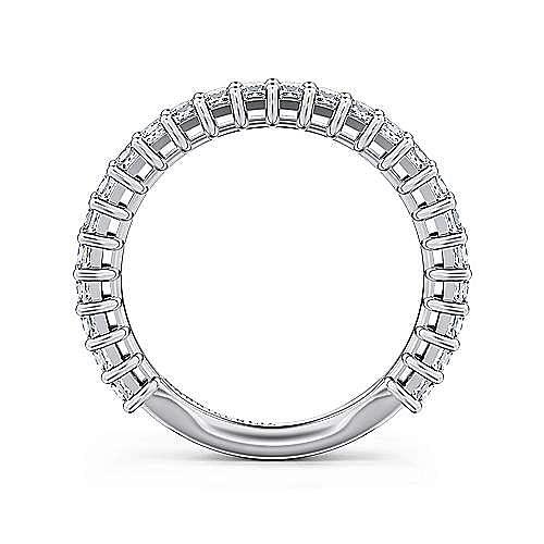 14k White Gold 18 Stone Princess Cut Shared Prong Band