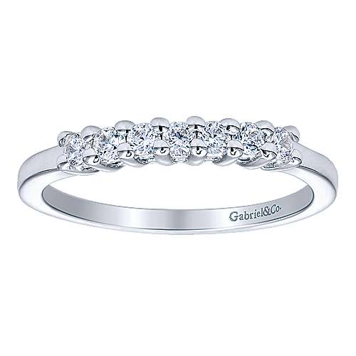 14k White Gold 7 Stone Shared Prong Set Band