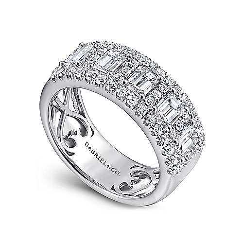14k White Gold Emerald Cut Fancy Anniversary Band