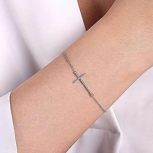 14k White Gold Faith Cross Bracelet angle 3