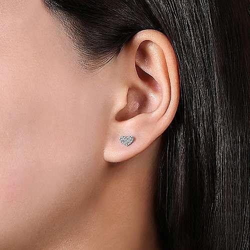 14k White Gold Heart Shaped Pave Diamond Stud Earrings