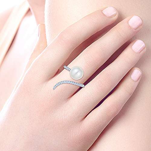 14k White Gold Pave Diamond & Cultured Pearl Ladies Fashion Wrap Ring