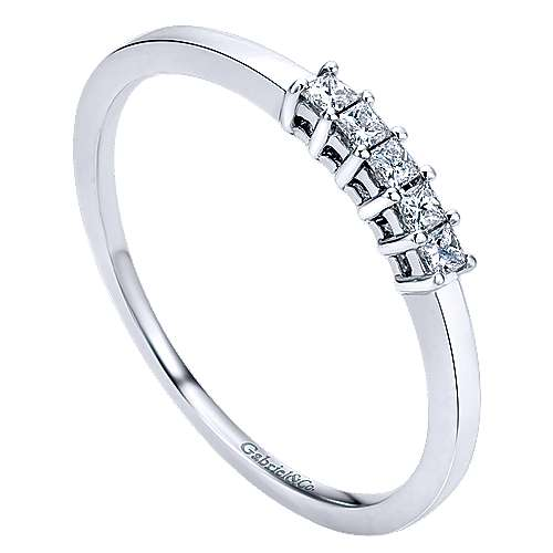 14k White Gold Princess Cut 5 Stone Prong Set Diamond Band