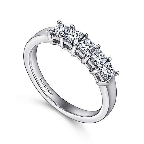 14k White Gold Princess Cut 5 Stone Shared Prong Band