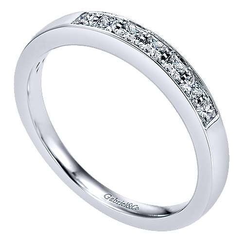 14k White Gold Princess Cut 7 Stone Prong Channel Set Band