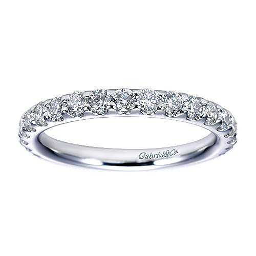 14k White Gold Round 19 Stone Diamond Anniversary Band angle 5