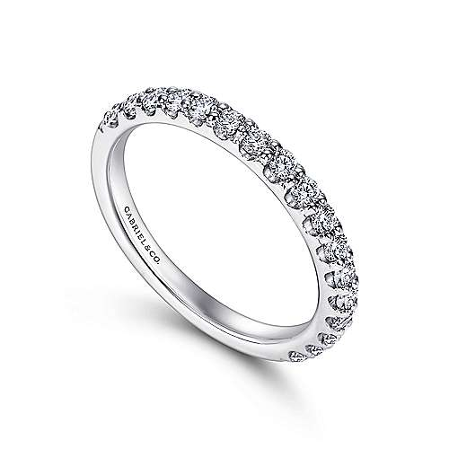 14k White Gold Scalloped Shared Prong Band