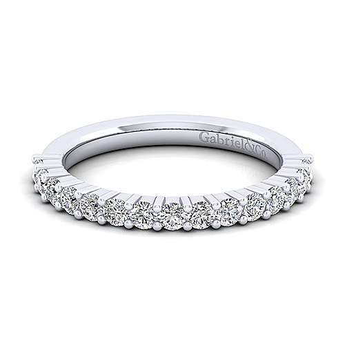 14k White Gold Shared Prong Anniversary Band