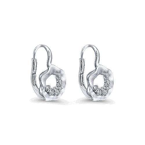 14k White Gold Souviens Drop Earrings angle 2