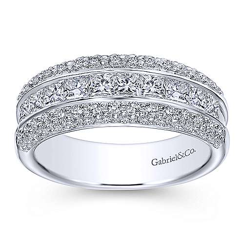 14k White Gold Three Row Princess and Round Stone Anniversary Band
