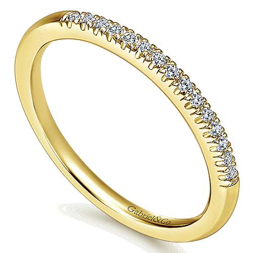 14k Yellow Gold Contemporary Wedding Band Angle 3