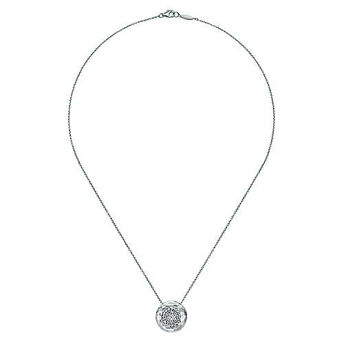 18 inch Hammered 925 Sterling Silver Round Pendant Necklace with White Sapphire