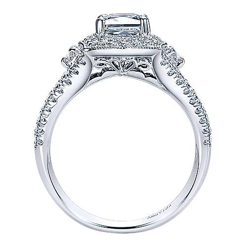 18K White Gold Cushion Halo Diamond Engagement Ring
