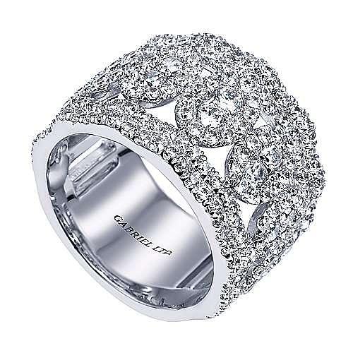 18K White Gold Diamond Pavé Station Ring