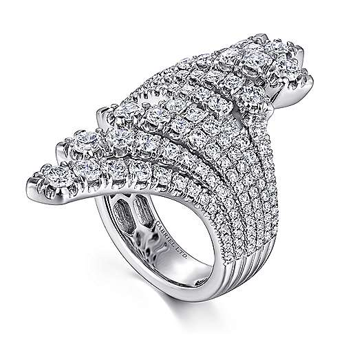 18K White Gold Dramatic Wide Band Fan Ring