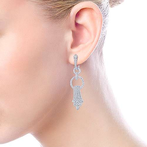 18K White Gold Linear Diamond Drop Earrings