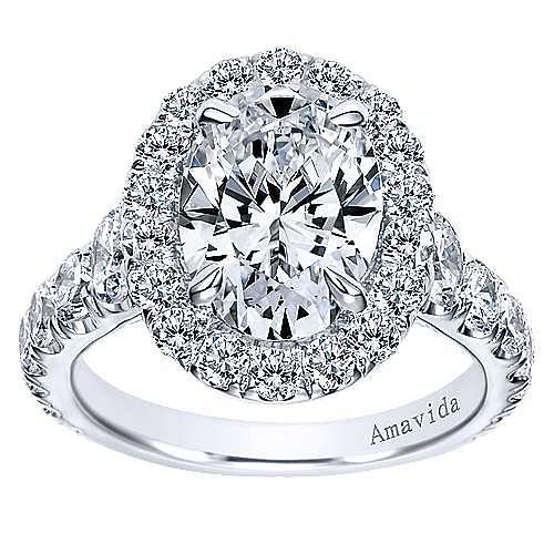 18K White Gold Oval Halo Diamond Engagement Ring