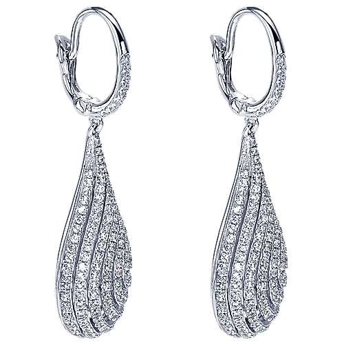 18K White Gold Pavé Diamond Teardrop Earrings