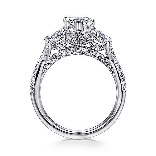 18K White Gold Pear Shape Diamond Engagement Ring