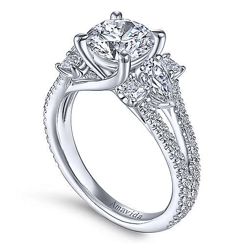 18K White Gold Round Diamond Engagement Ring