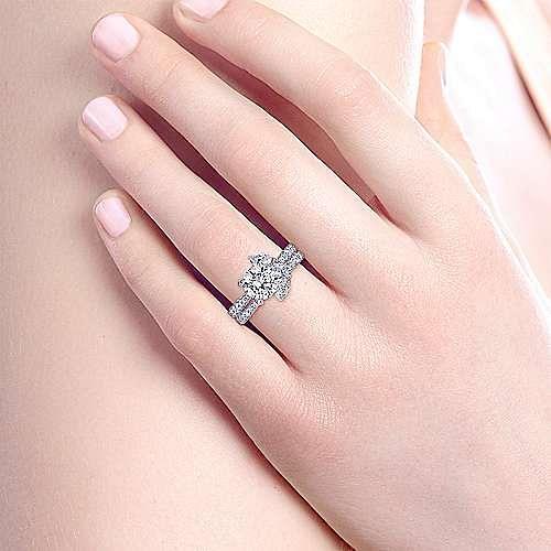 18K White Gold Round Three Stone Diamond Engagement Ring