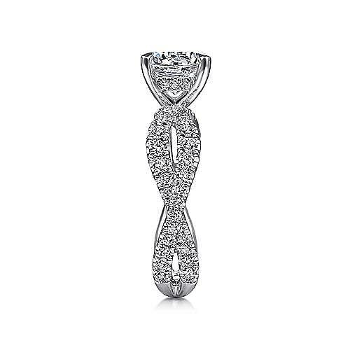 18K White Gold Round Twisted Diamond Engagement Ring