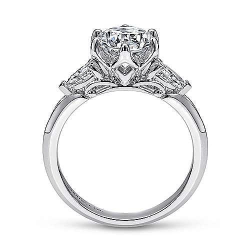 18K White Gold Three Stone Round Diamond Engagement Ring