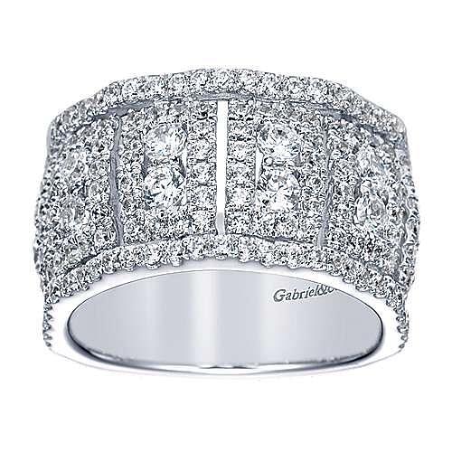 18K White Gold Wide Diamond Pavé Ring