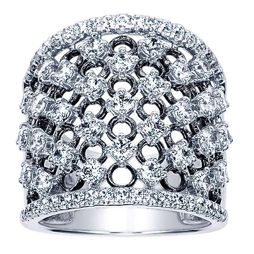 18K White Gold Wide Diamond Ring