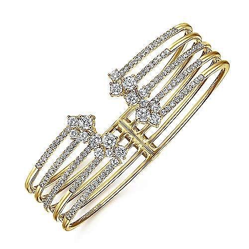 18K Yellow Gold Diamond Fashion Bangle