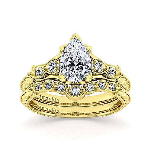 18K Yellow Gold Pear Shape Diamond Engagement Ring